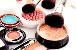 НЕЛЬЗЯ пользоваться просроченной декоративной косметикой