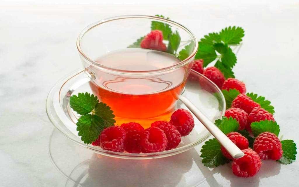 Чай из листьев малины с пользой для здоровья