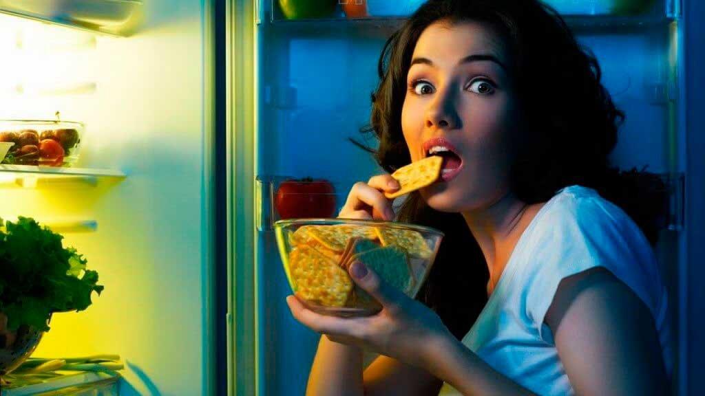 Как бороться с постоянными перекусами, 10 способов