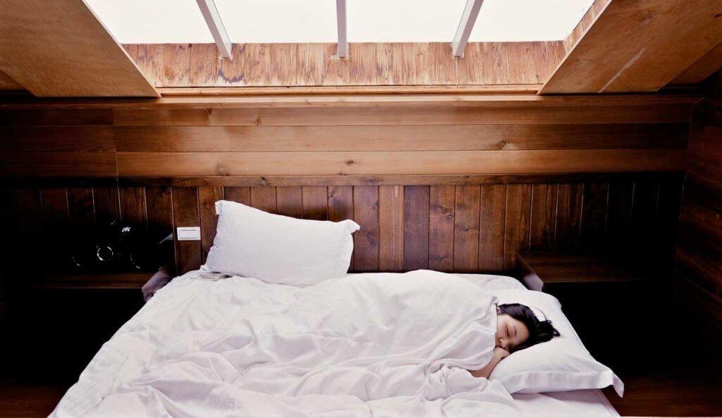 Причины бессоницы, что помогает от бессоницы и как ее лечить
